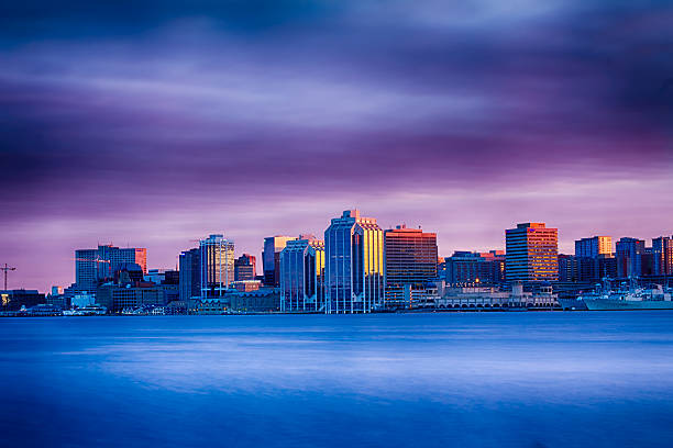 skyline-drama - nova scotia halifax stock-fotos und bilder