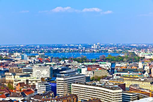 Skyline Von Hamburg Aus Der Berühmten Tower Michaelis Stockfoto und mehr Bilder von 2015
