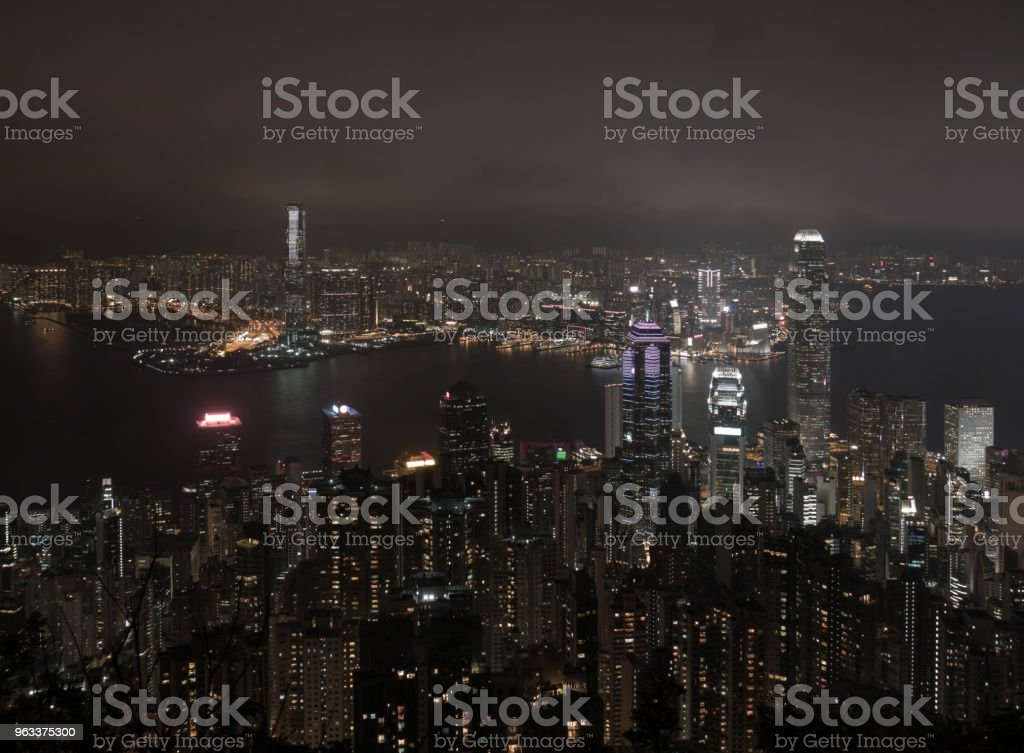 Cityscape of Hong Kong downtown city night from top view - Zbiór zdjęć royalty-free (Architektura)