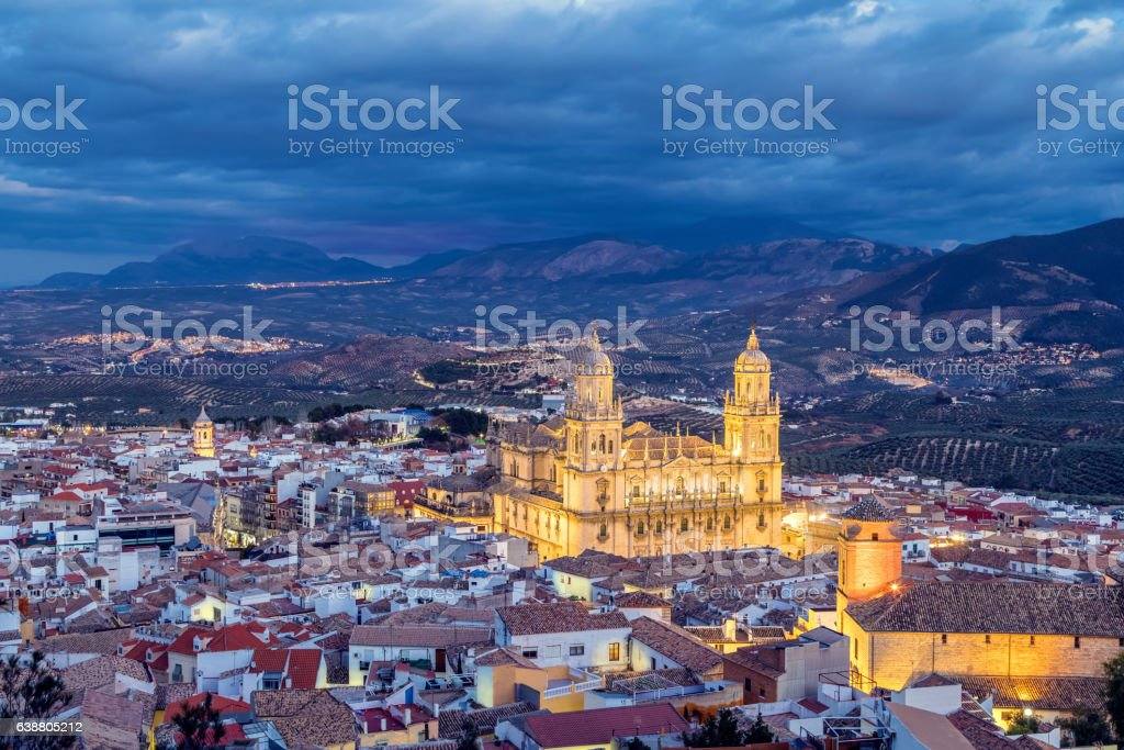 Cityscape of Jaen in the evening – Foto