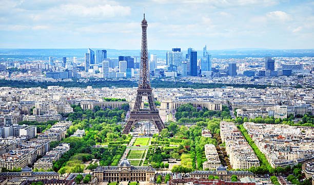 cityscape of paris - eiffel tower stock photos and pictures