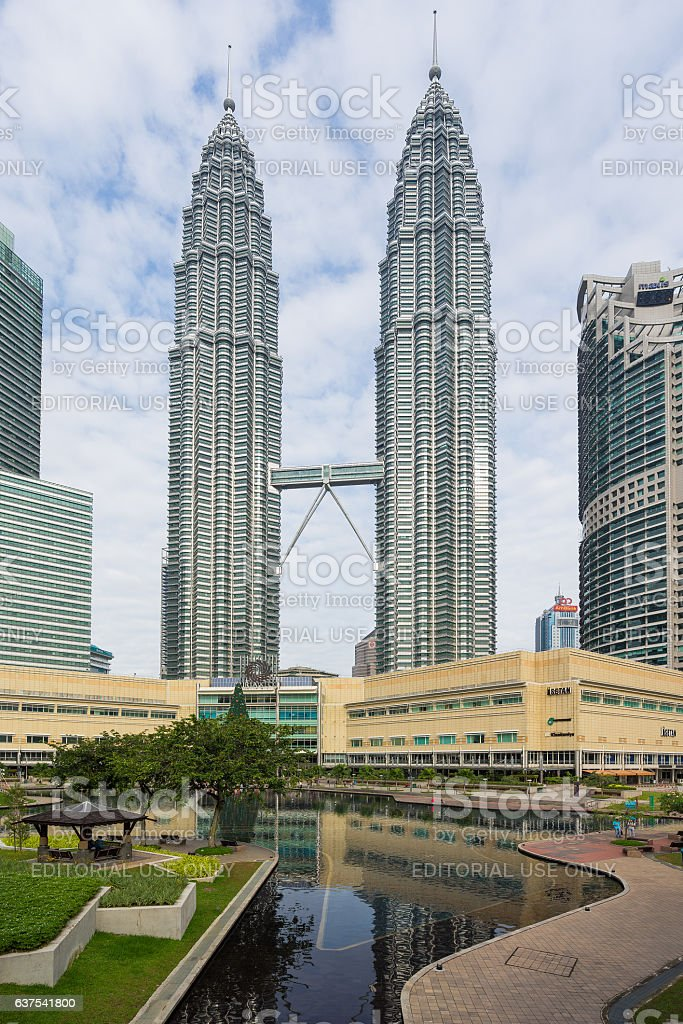 Cityscape Of The Kuala Lumpur And Petronas Twin Towers Stock Photo -  Download Image Now