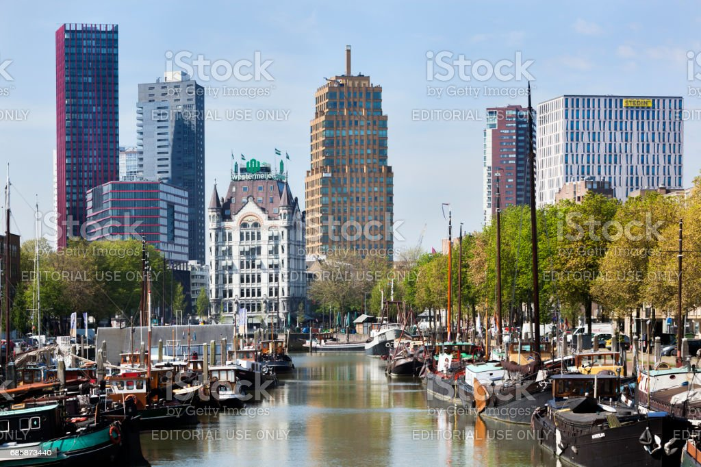 Cityscape of the old harbor in Rotterdam​​​ foto