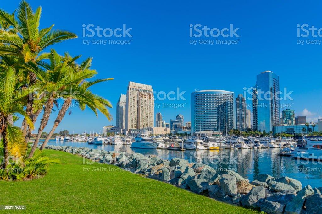 Stadtbild mit Wolkenkratzern der Skyline von San Diego, Ca – Foto