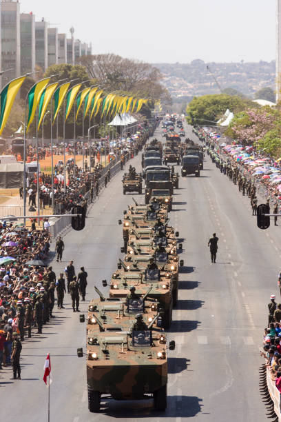 Desfile cívico e militar de 7 de setembro. Dia da independência do Brasil, na cidade de Brasília, Distrito Federal. - foto de acervo