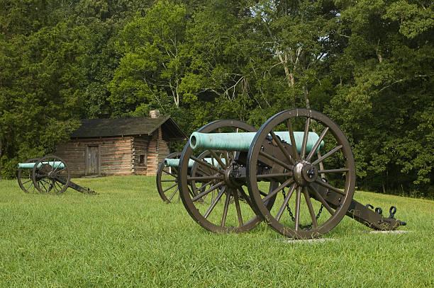 Civil War Cannon at Chickamauga Civil War Cannon at Chickamauga civil war memorial minnesota stock pictures, royalty-free photos & images