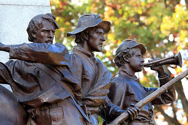 Civil War Soldier Statue Gettysburg American Civil War Soldier Statue Gettysburg Battlefield american civil war stock pictures, royalty-free photos & images