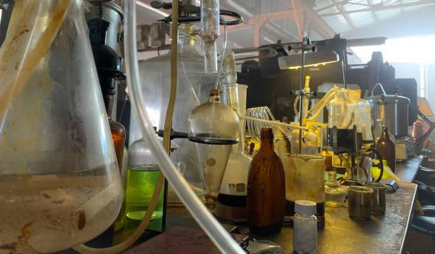 clandestine metamfetamin lab - amfetamin bildbanksfoton och bilder