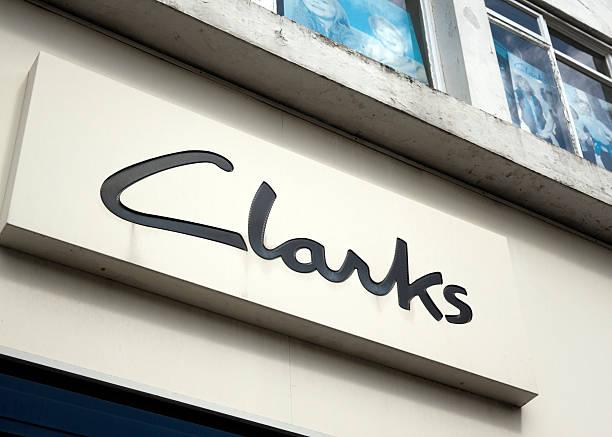 clarks schuh-shop - beckenham town stock-fotos und bilder