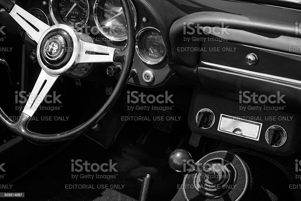 Klassische Alfa Romeo 2600 Spider klassische Sportwagen dashboard – Foto