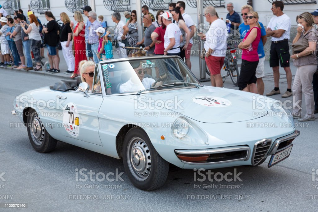 Klassiker Alfa Romeo beim Gaisberg-Rennen in Salzburg – Foto