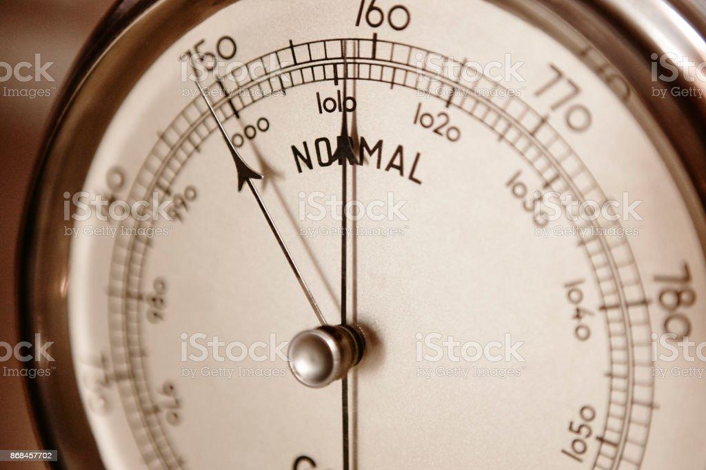 Klassische Barometer Detail. Luft Druck Maßnahme Instrument. Wetter-Informationen – Foto