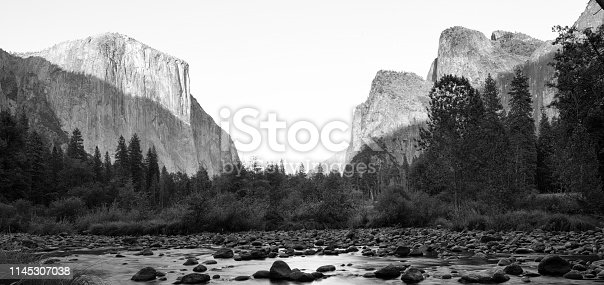 Horizontal monochromatic image of el capitan in Yosemite
