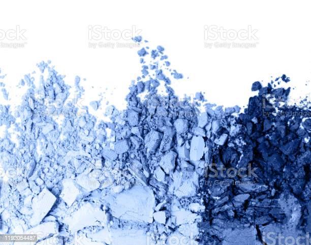 Classic blue eye shadow set isolated on white picture id1192054487?b=1&k=6&m=1192054487&s=612x612&h=y2vokn0eq clxxh6hduffxujz5y2lc3xaxts9 1fetw=