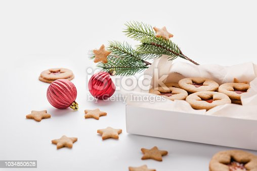 istock Classic Linzer Cookies with raspberry or strawberry jam. 1034850528