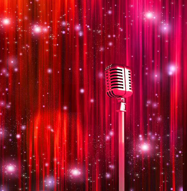 klassische mikrofon mit farbenfroher vorhänge - stage musical stock-fotos und bilder