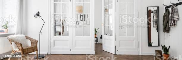 Classic style home interior picture id1158461430?b=1&k=6&m=1158461430&s=612x612&h=qmqoisl b7pivmu3mcmx0jytlptv1gdtc5dm1 hqxa8=