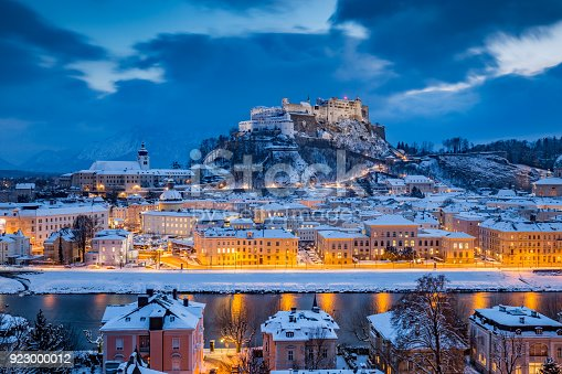 istock Classic view of Salzburg at Christmas time in winter, Austria 923000012