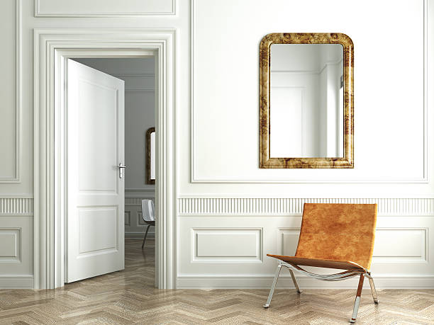 klassische weiße innen weiß spiegeln - türdeko stock-fotos und bilder