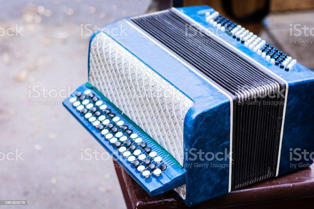 Clásico retro bayan (acordeón), vintage instrumentos musicales - foto de stock