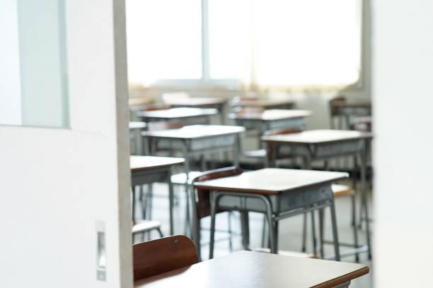 人がいない教室 - 小学校 ストックフォトと画像