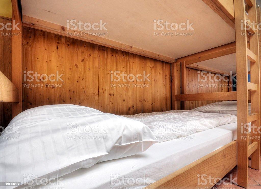 Propre et confortable lit - Photo