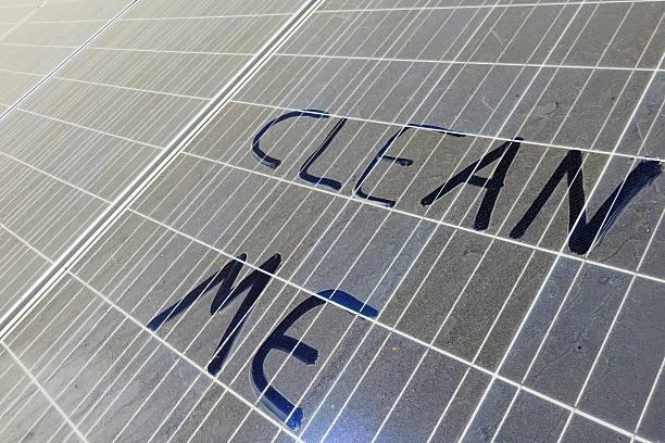 Clean me-Schild – Foto