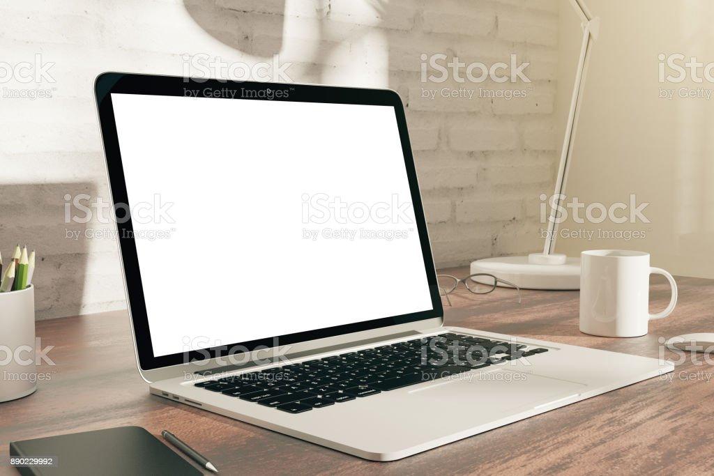 Sauberen, weißen Laptop-Seite – Foto