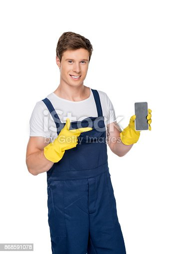 istock cleaner showing smartphone 868591078