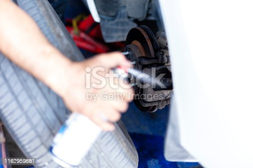 Cleaning Car Shoe