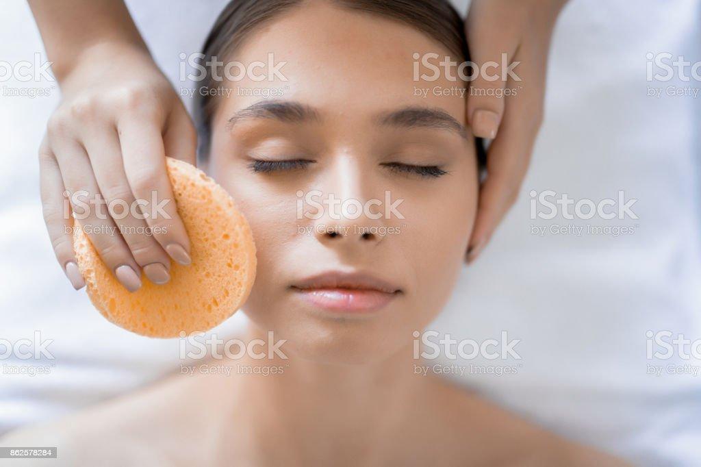 Reinigung Gesicht – Foto