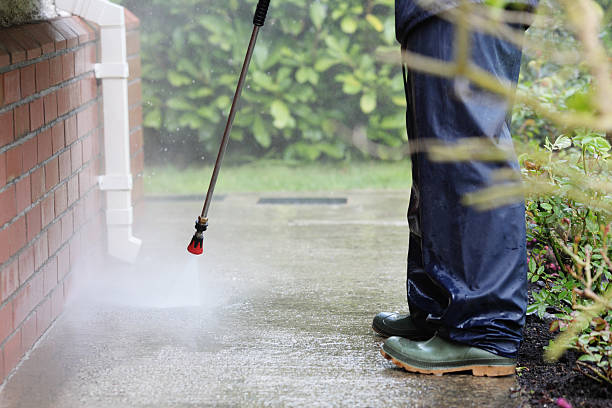 cleaning path way with power pressure system - high pressure cleaning stock photos and pictures