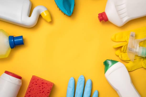 limpieza insumos químicos para el hogar tienda online - foto de stock