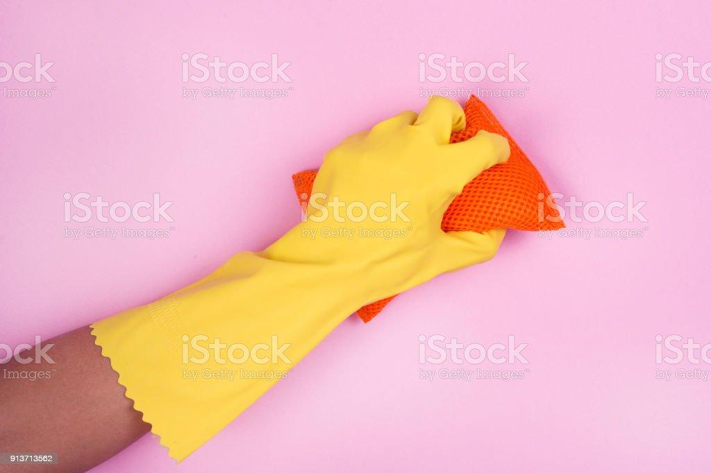 Reinigung mit Geschirrspülmittel Handschuhe und Gericht Schwamm – Foto