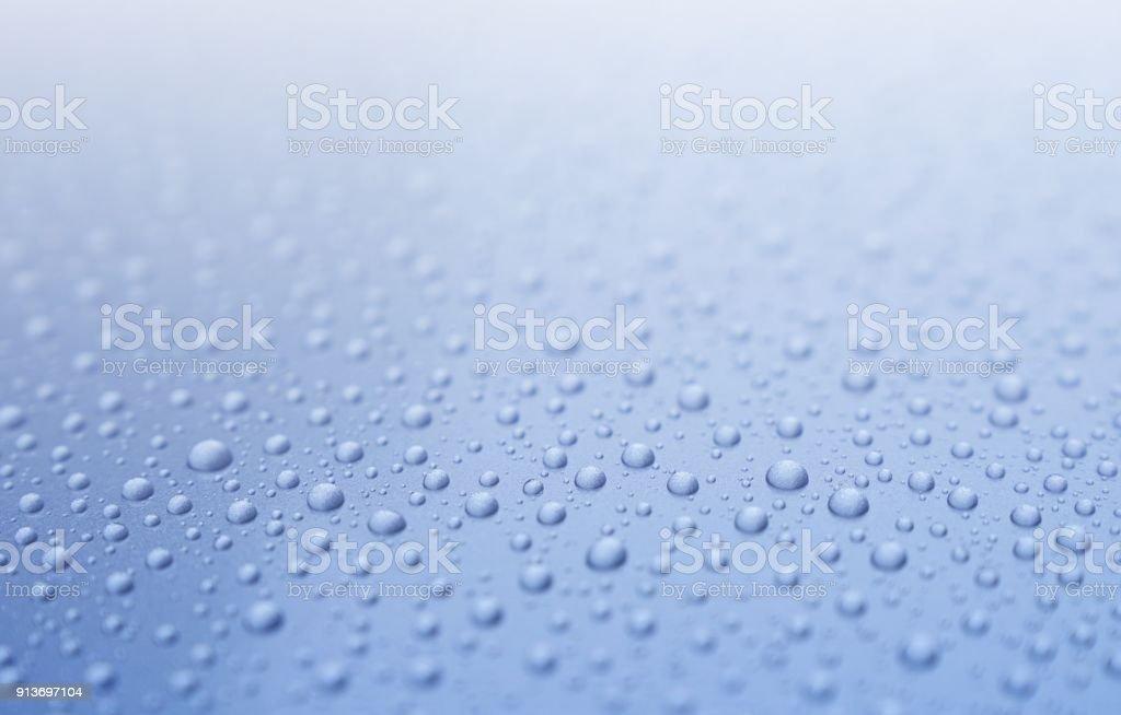 Fotografía De Gotas De Agua Sobre Fondo Azul Claro Degradado