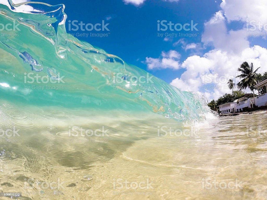 Clear wave in Caribbean - foto de acervo