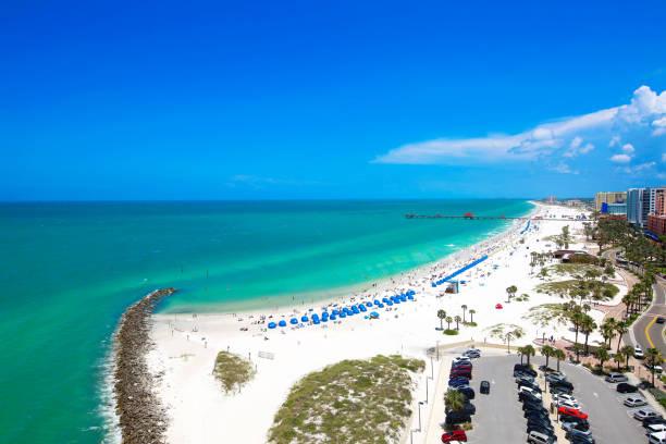 clearwater beach, florida - golfküstenstaaten stock-fotos und bilder