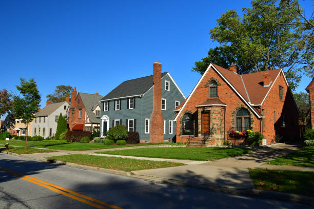 cleveland suburb houses - residential district stock pictures, royalty-free photos & images