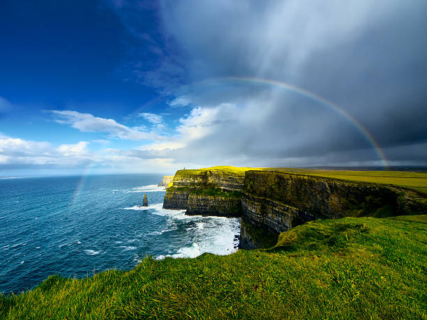 cliffs of moher. ireland. - cliffs of moher stock pictures, royalty-free photos & images
