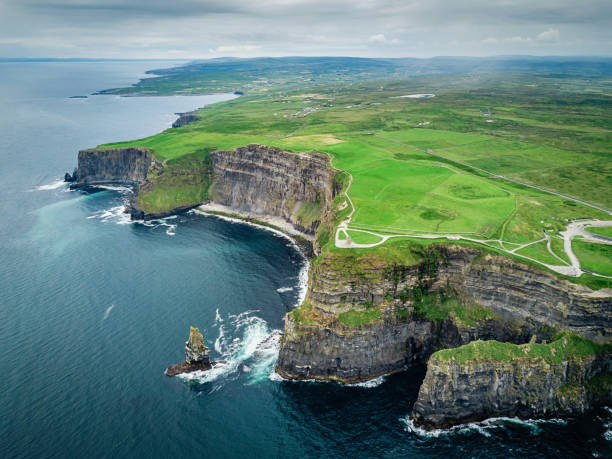cliffs of moher ireland wild atlantic way - cliffs of moher stock pictures, royalty-free photos & images