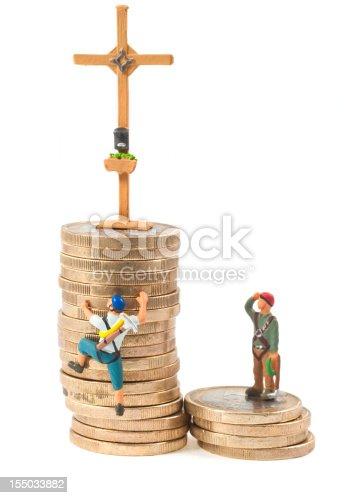 istock Climb on tower of money - Gipfelkreuz 155033882