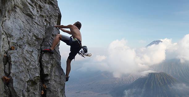alpinista - escalação em rocha - fotografias e filmes do acervo