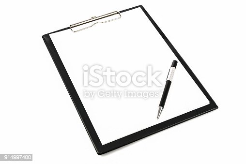 524051315 istock photo Clipboard with pen 914997400