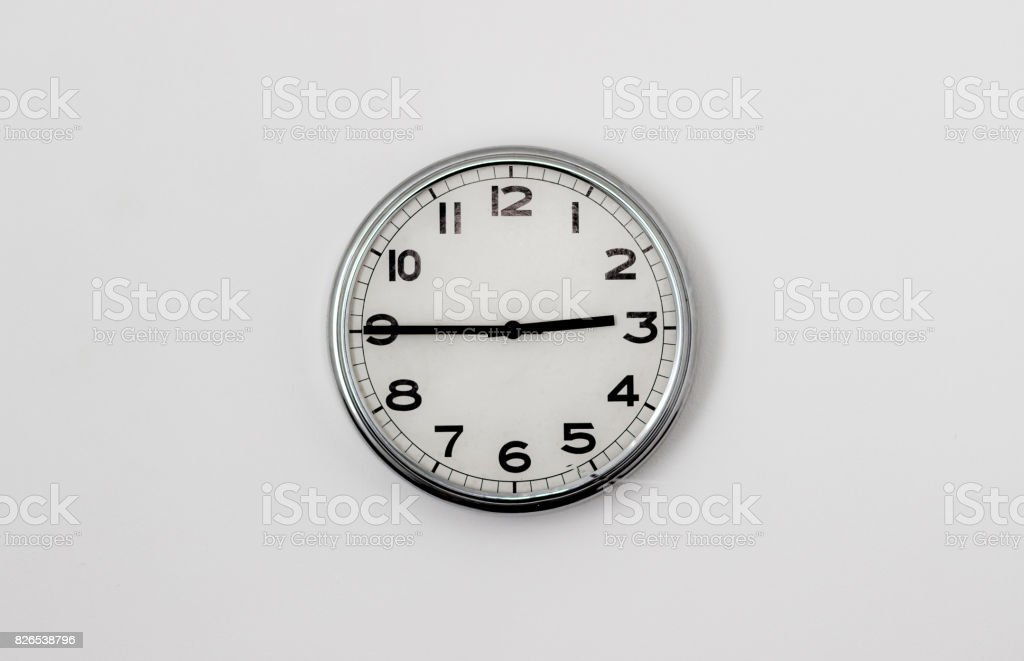 LE BON NUMERO - Page 13 Clock-245-picture-id826538796