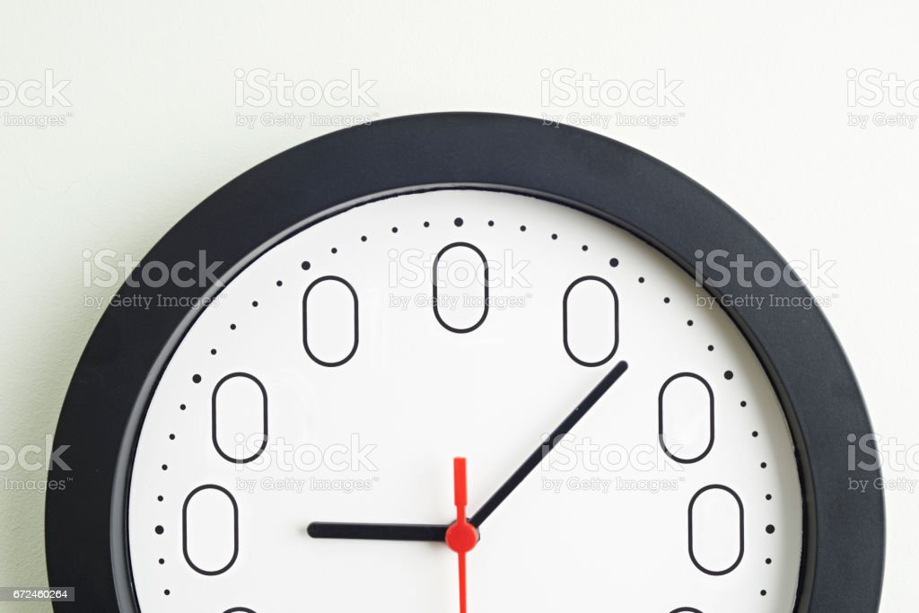 Clock Face To Illustrate Concept Of Zero Hour Employment Contracts Clock Face To Illustrate Concept Of Zero Hour Employment Contracts Business Finance and Industry Stock Photo