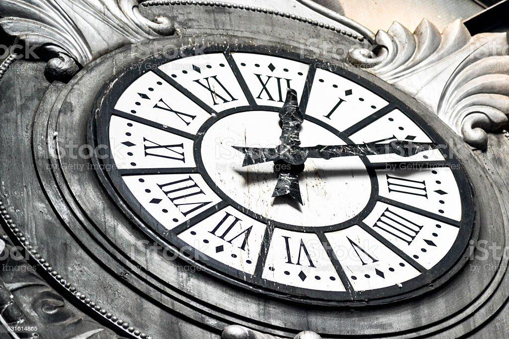 Reloj de la estación de tren Atocha - foto de stock