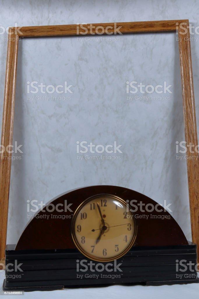 horloge dans le cadre photo libre de droits