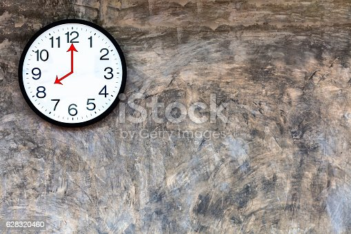 istock Clock on polished plaster walls at 8:00 a.m. 628320460