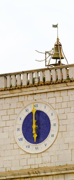 clock tower - römisch 6 stock-fotos und bilder