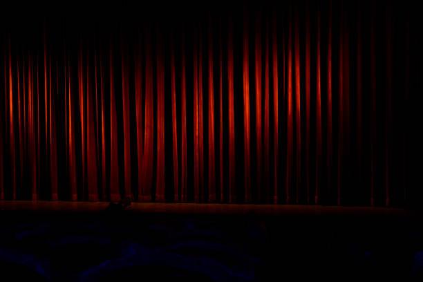 close theatrical stage - sipario foto e immagini stock